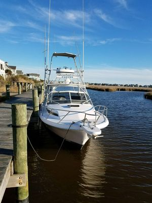 Used Blackfin Combi 29-2 Express Cruiser Boat For Sale