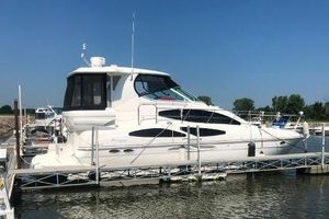 Used Cruisers Yachts 405 Express Motor Yacht Motor Yacht For Sale