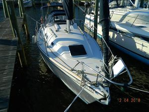 Used Pearson 27 Racer and Cruiser Sailboat For Sale