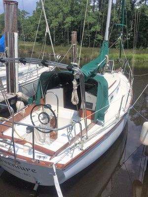 Used Cape Dory 28 Cruiser Sailboat For Sale