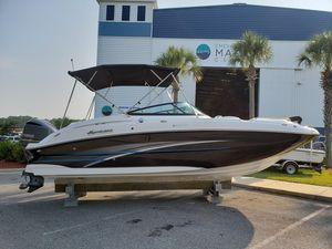 New Hurricane Sundeck 2400 OB Bowrider Boat For Sale