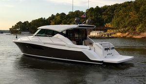 Used Tiara 44 Coupe Motor Yacht For Sale