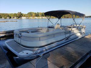 Used Bennington 2575 RL w/Yamaha 150 4-Stroke2575 RL w/Yamaha 150 4-Stroke Pontoon Boat For Sale