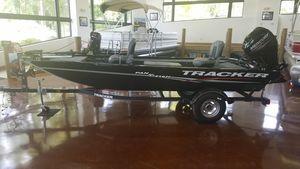 New Tracker PANFISH 16 w/ Mercury 40ELPT 4SPANFISH 16 w/ Mercury 40ELPT 4S Bass Boat For Sale