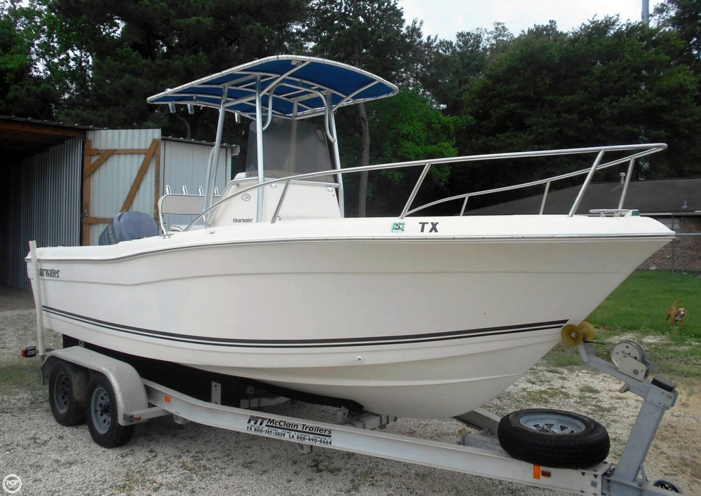 Used Clearwater 2200 CC Center Console Fishing Boat For Sale