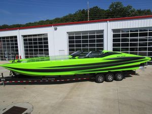 Used Mti 40 R/P High Performance Boat For Sale