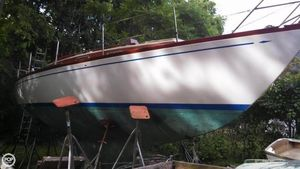 Used Hallberg-Rassy Mistral 33 Racer and Cruiser Sailboat For Sale