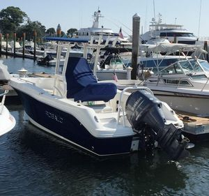 Used Robalo R200 CC Center Console Fishing Boat For Sale