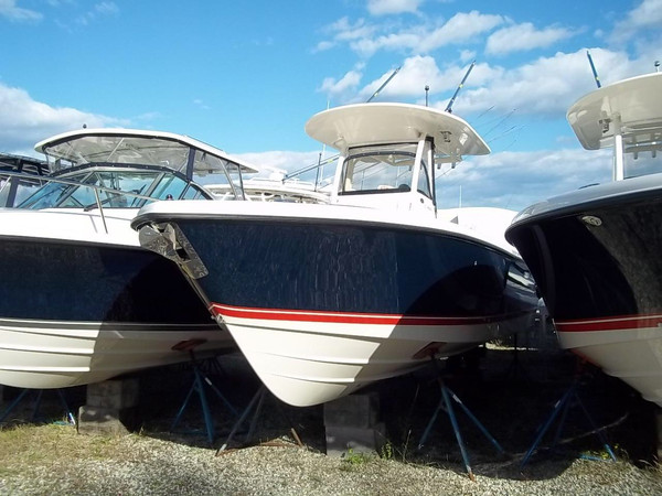 Used Pursuit C 260 Center Console Saltwater Fishing Boat For Sale