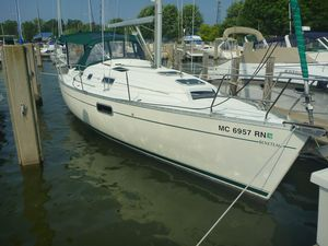 Used Beneteau America 321 Cruiser Sailboat For Sale