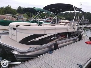 Used Manitou 22 ENCORE LF2 Pontoon Boat For Sale
