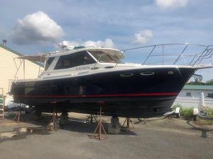Used Cutwater 30 Cruiser Boat For Sale