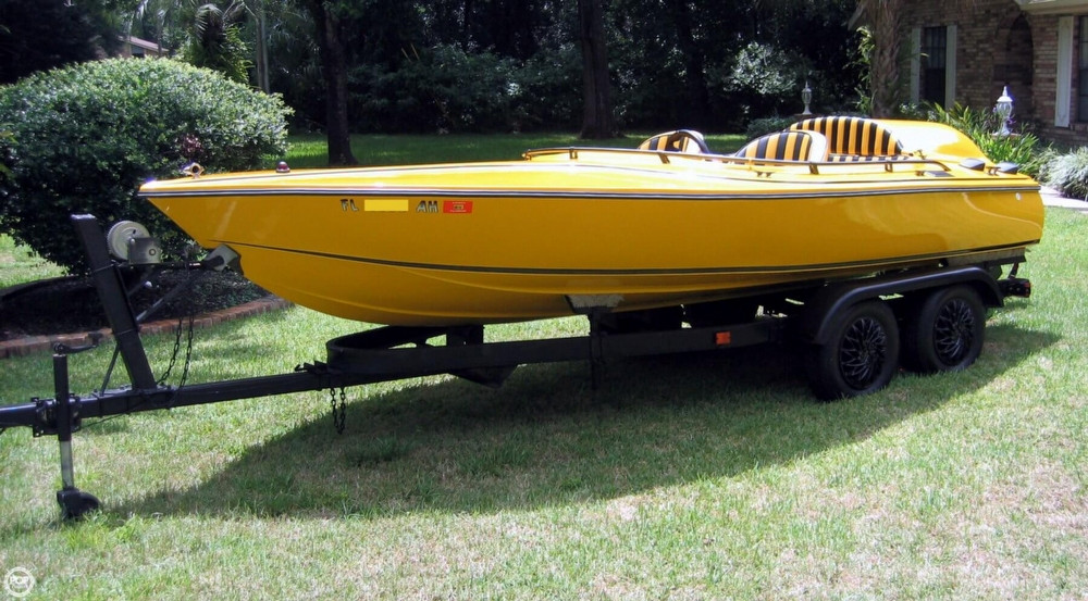Used Champ 17 High Performance Boat For Sale