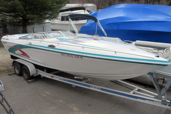 Used Checkmate Convincor 253 - 11472 High Performance Boat For Sale