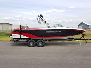 New Mastercraft XT25XT25 Ski and Wakeboard Boat For Sale