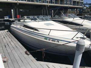 Used Wellcraft 260 Excel SE Express Cruiser Boat For Sale