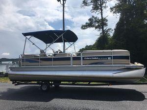 Used Harris Classic 240 I/OClassic 240 I/O Pontoon Boat For Sale