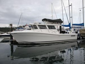 Used Ocean Sport 33' Roamer Express Cruiser Boat For Sale