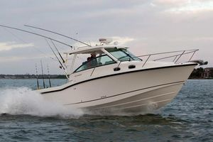 Used Boston Whaler 315 Conquest315 Conquest Walkaround Fishing Boat For Sale