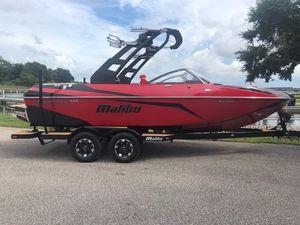 New Malibu VLX WAKE SETTERVLX WAKE SETTER Ski and Wakeboard Boat For Sale