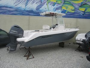 Used Everglades 230cc Center Console Fishing Boat For Sale