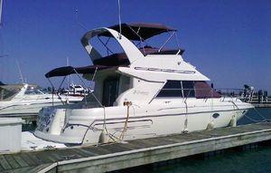 Used Cruisers Yachts 3585 Flybridge Motor Yacht For Sale