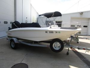 Used Boston Whaler 150 Super Sport150 Super Sport Center Console Fishing Boat For Sale