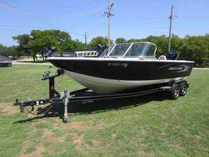 Used Crestliner 2150 Sportfish SST2150 Sportfish SST Aluminum Fishing Boat For Sale