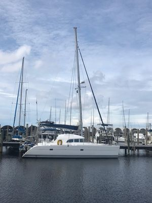 Used Lagoon 380 Owners Version Catamaran Sailboat For Sale
