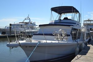 Used Bluewater Yachts Coastal Cruiser 51 Cruiser Boat For Sale