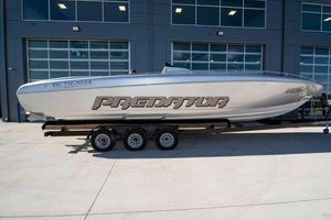 New Predator 337 SS Center Console Fishing Boat For Sale