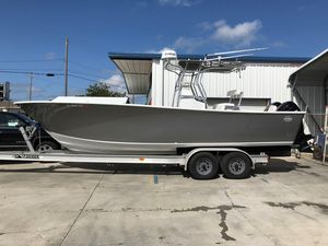 Used Hell's Bay 27 Center Console Fishing Boat For Sale