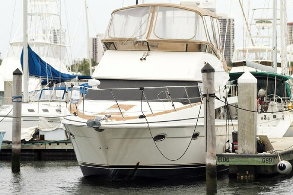 Used Carver Yachts 42 Ss Cruiser Boat For Sale