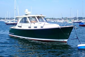 Used Freedom Legacy 32 Hardtop Express Cruiser Boat For Sale
