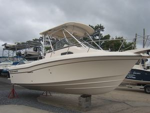New Grady-White Gulfstream 232 Center Console Fishing Boat For Sale