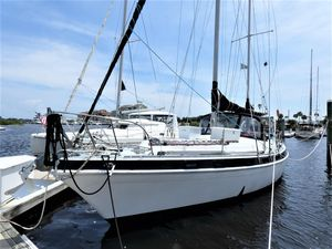 Used Morgan Out Island 415 Sloop Sailboat For Sale