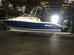 Used Triton 225 WA Saltwater Fishing Boat For Sale