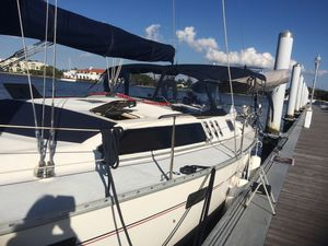 New Hunter Legend 43 Cruiser Sailboat For Sale