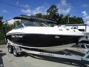 Used Stingray 214 LR Deck Boat For Sale