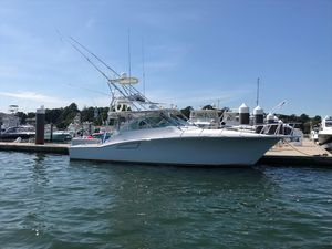 Used Cabo 40 Express Sea Keeper Gyro Express Cruiser Boat For Sale