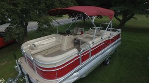Used Bennington 22 SSL Pontoon Boat For Sale