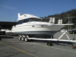 Used Bayliner 3058 Motoryacht Convertible Fishing Boat For Sale