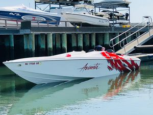 Used Avanti 33 High Performance Boat For Sale