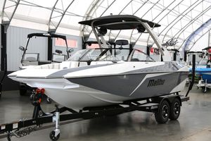 New Malibu 21MLX21MLX Ski and Wakeboard Boat For Sale