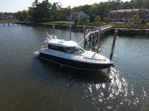 Used Sealine C 48 Express Cruiser Boat For Sale