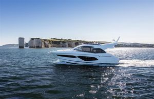 New Sunseeker Manhattan 52 Flybridge Boat For Sale