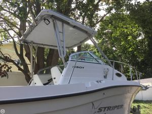Used Seaswirl 2301 WA Striper Walkaround Fishing Boat For Sale
