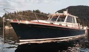 Used Eastbay 39 SX Express Cruiser Boat For Sale