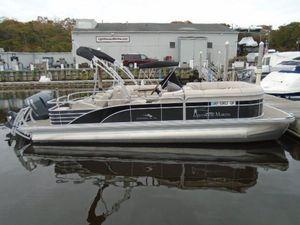 Used Bennington 2375 GCW Pontoon Boat For Sale