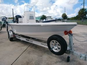 New Pathfinder 2200 Tournament Edition2200 Tournament Edition Bay Boat For Sale